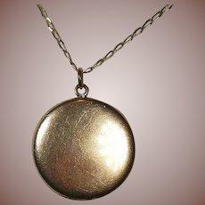 14 Carat Gold Photo/Keepsake Locket Large 3CM 7.1 Gram
