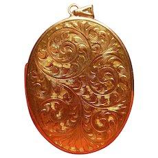 Large Vintage 9 Carat(.375) Gold Locket English Hallmarked
