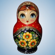 Signed Russian Nesting Dolls (7 Dolls)