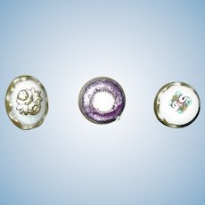 Antique buttons 3 different perfect for brooch pin for doll outfit collectors women restoration