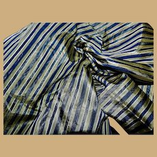 """Antique silk tafetta fabric deep blue and olive green 20"""" selvages"""