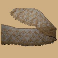 Antique feminine lace tiny details enfantine restoration #1