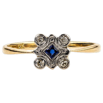 French Cut Sapphire & Diamond Square Panel Ring. Art Deco, 18ct Gold and Platinum.