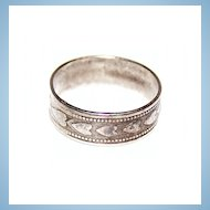 Vintage Embossed Heart Band Ring Sterling Size 7