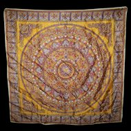 What A Beautiful  Vintage Ladies Fashion  Scarf Paisley Pattern Rolled Edges