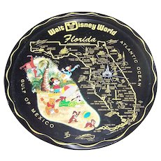 A Vintage Collectible Souvenir Metal  Metalware Tray Walt Disney World Florida