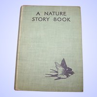 "Vintage Book "" A Nature Story Book "" Blackie & Son Limited London and Glasgow"