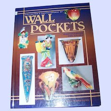 """Collector 's Encyclopedia of Book """" Wall Pockets """"  Reference Hard Bound Book"""