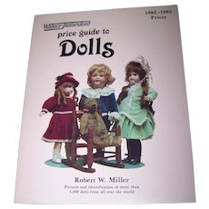 """Soft Cover Reference Book """" Price Guide To DOLLS """"  Wallace - Homestead"""