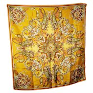 Charming Ladies Vintage Paisley Pattern  Small Square Scarf