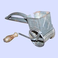 Rusty Old Primitive Cart Style  Spice Metal Ware Grinder Made In Germany