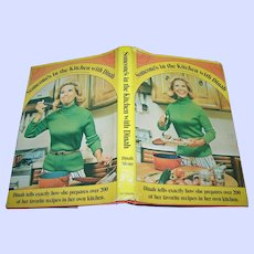 Cook Book Someone's in the Kitchen with Dinah  Over 200 Recipes
