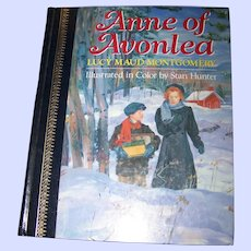 """Hard Cover Book """" Anne of Avonlea """" by Lucy Maud Montgomery"""