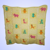 Sweet Vintage Crochet Baby Blanket Uni-Sex Animal Motif