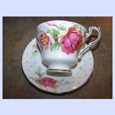 "Double Paragon Tea Cup & Saucer Roses ""Golden Emblem"""