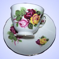 What A Pretty Pink Red Yellow Rose Flower Pattern Tea Cup / Teacup  Saucer Set Royal Vale