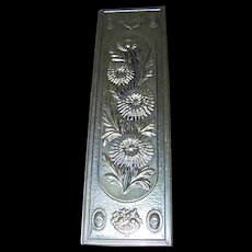 Lovely Decorative  Vintage Lite Weight  Brass Over Wood Embossed Floral Wall Home Decor Plaque