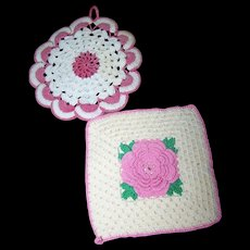 5 Sweet Decorative Vintage Crochet Small  Doilies Pot Holders