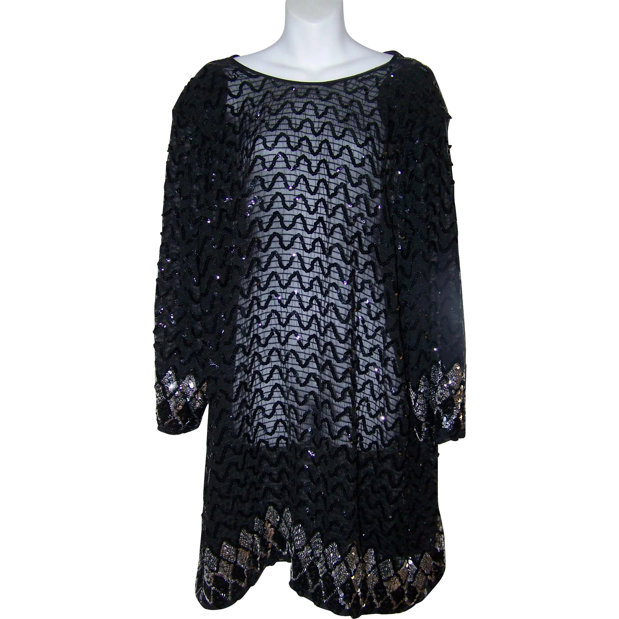 3806d223701 Striking Vintage Black Sequin Ladies Fashion Dress Size 18   Victoria s  Purrrrfect Treasures