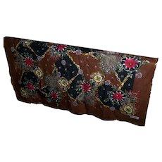 A Pretty 100 % Wool Fringed Decorative Ladies Fashion Wrap Shawl