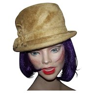 Medusa Imported Beaver De luxe Made in Canada Ladies  Fashion Hat Union Label