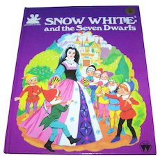 "Over Sized Hard Cover Children's Illustrated Hard Cover Book "" Snow White & Seven Dwarfs"""