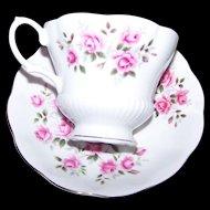 Charming Floral Themed Pink Rose Royal Albert England Tea Cup & Saucer Set