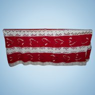 Charming Red & White Heart Themed Crochet Small Spread Blanket Throw Home Decor Accent