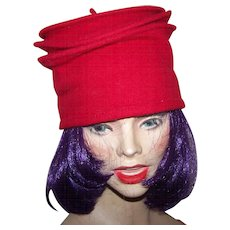 A Lovely Red Ladies Fashion Accessory Wool Hat
