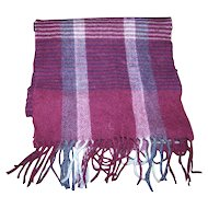 Designer Bill Blass 100 % Pure Wool Fringes Fashion Accessory Scarf