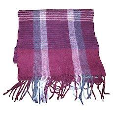 Designer Bill Blass 100 % Pure Wool Fringes Fashion Accessory Scarf
