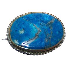 Vintage Blue Lapis Lazuli Gemstone  Brooch Pin Brass Set with Twisted Boarder