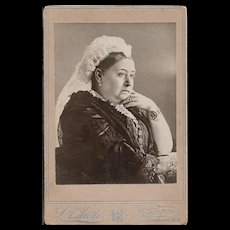 Rare CDV Portrait Photograph of QUEEN VICTORIA of Great Britian / Britain Empress of India