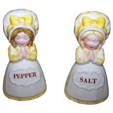 Imported by Giftcraft Toronto Ceramic  Prayer Lady Salt & Pepper Spice Shakers JAPAN