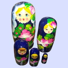 Nesting Doll  Set Matryoshka Made in Russia 4.5 inches Tall  Hand Painted 5 pc Stacking Dolls