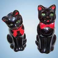 Charming VINTAGE  Shafford  Black  Cat Salt and Pepper Spice  Shakers - Made in Japan