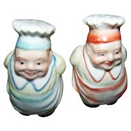 Mini Salt & Pepper  Figural Chef Cook Baker Ceramic Shakers JAPAN