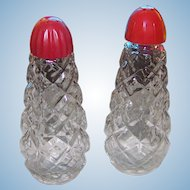 Fun Mid - Century Glass with Red Plastic Screw Style Tops Salt & Pepper Spice Shakers