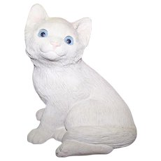 White Sandicast  Kitty Cat Figurine Sculpture  Hand Cast by Sandra Brue USA Looking 4 a Forever Home