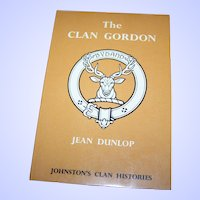 Soft Cover Book THE CLAN GORDON Printed in Great Britain Lowe & Brydone