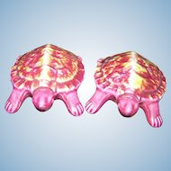 Here Is A Unique Set Of Figural  Ceramic Turtle Salt & Pepper Spice Shakers by Giftcraft Toronto