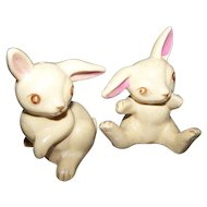 Charming Vintage Bunny Rabbit Figural Salt & Pepper Spice Shakers JAPAN