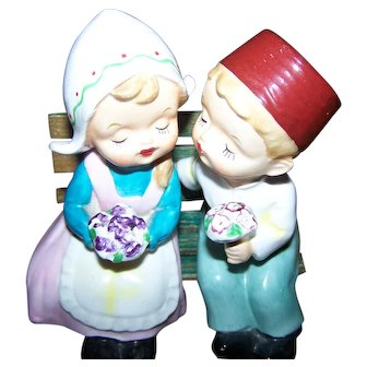 Charming Shelf or Bench Sitter Salt & Pepper Shakers Dutch Children