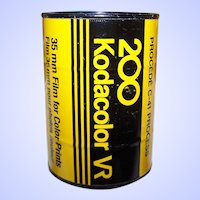 Interesting Collectible Tin Can Bank Advertising 35 MM Film for Color Prints by 200 Kodacolor VR by Kodak