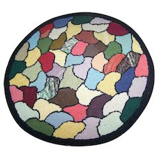 Colorful Cheerful VTG Hand Hooked Hand Crafted Table Mat RUG 15 Inches Wide