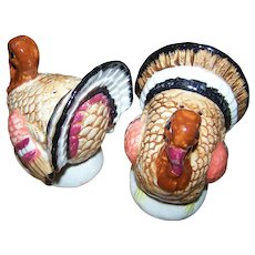 Large Range Style Painted Ceramic Figural Turkey Salt & Pepper Spice Shakers