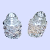 Vintge Crystal  Geometric  Cut Salt & Pepper Spice Shakers Glass Screw Style Caps