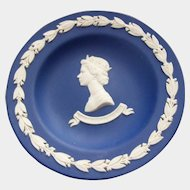 Collectible Royalty Dark Blue Wedgwood Pin Dish Portrait HM Queen ELizabeth II Silver Jubilee 1952-1977