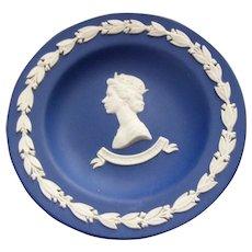 Collectible Royalty Dark Blue Wedgwood Pin Dish Portrait HM Queen ELizabeth II Silver Jubilee 1952-1977
