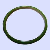 Delicate Vintage Faceted Green Bakelite Spacer Bangle Bracelet Tests Positive